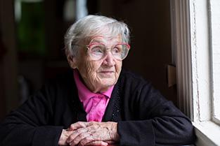 Bejaarde dame