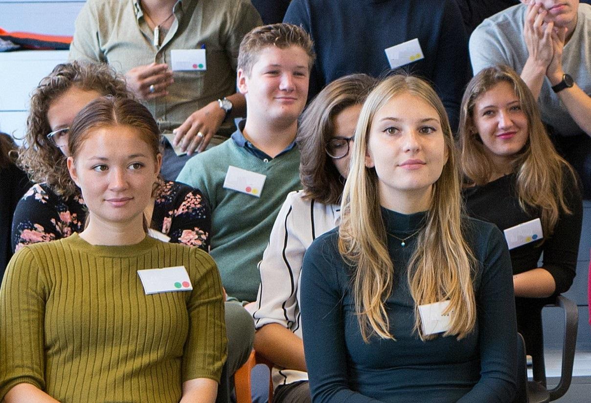 Jonge ervaringsdeskundige trainers van Augeo Jongerentaskforce
